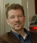 Dr David Lahti