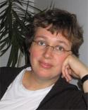 Dr Rina Knoeff