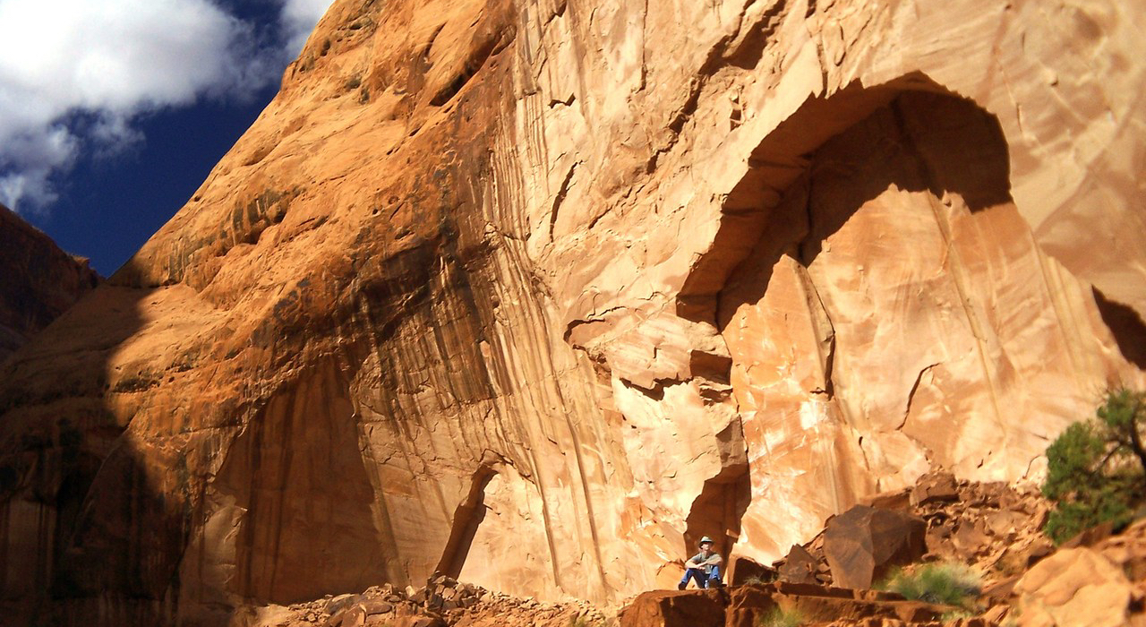man-in-the-mountain-1396693-1280x960 Kristin Smith freeimages