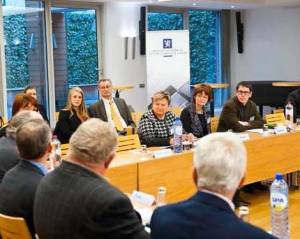 Scientists and policymakers discuss values in science © photo used with permission.