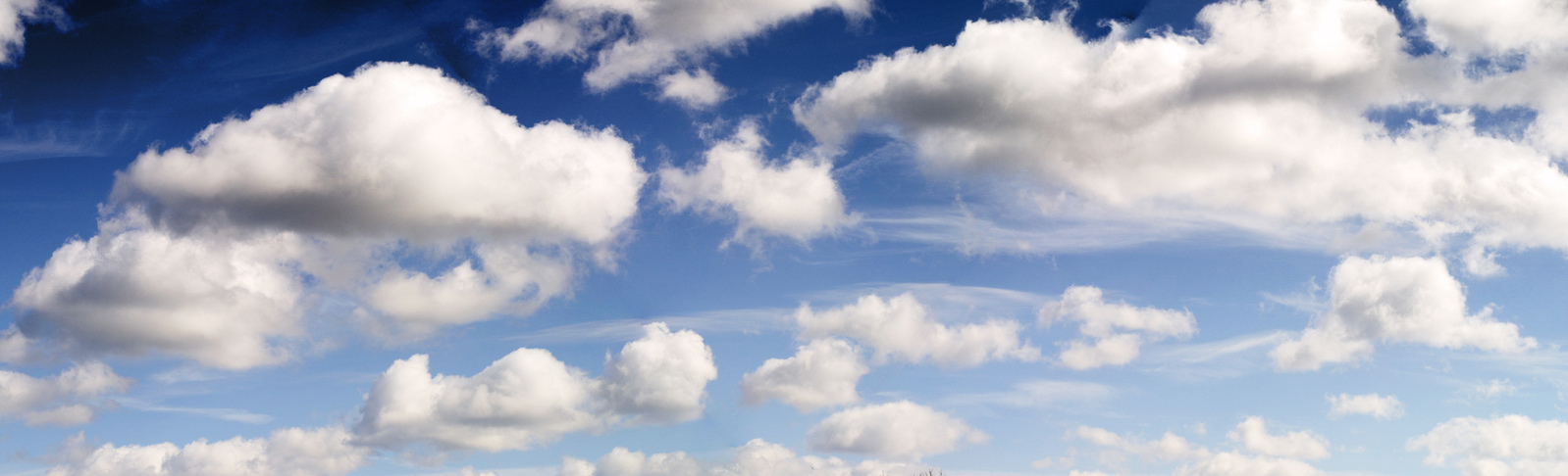 sky-panorama-with-clouds-1479164-1598x485 Philippe Ramakers freeimages